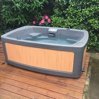 DuoSpa Compact S080 Hot Tub (2-3 person) - Free Installation & Delivery
