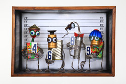 police lineup ( VENDU )