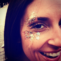 #happyface #glitterface #amber #coral #gold #goddess #glittermasque #minimasque #love #favouriteface