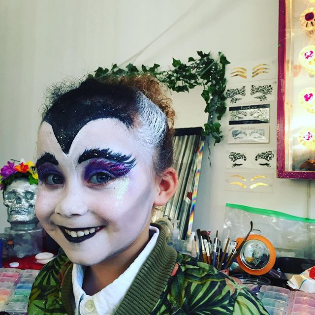 The most ADORABLE #vampire _glittermasque _dramaparloureast _dundeearmse2 #Halloween #makeup #facepa
