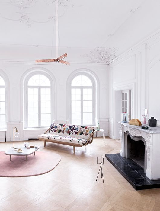 I'm crazy about #interiordesign mix of modern and traditional