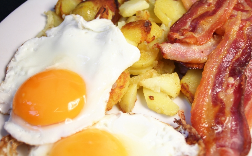 Bacon-Eggs-and-Home-Fries