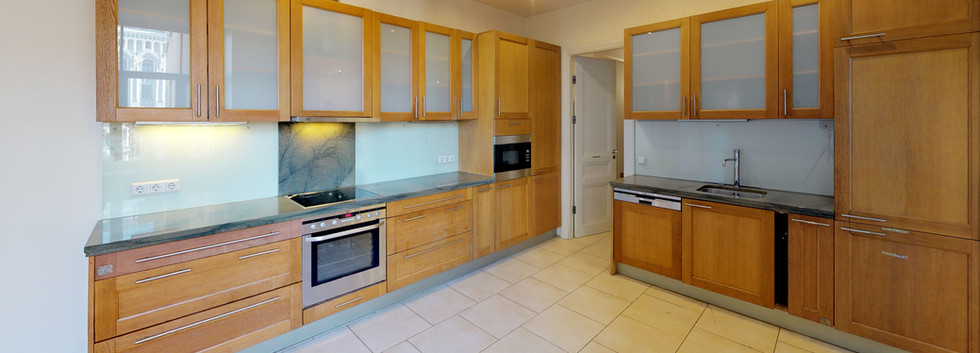 Kr-Barona-36-18-Kitchen.jpg