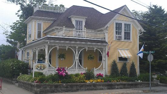 mahone bay bed and breakfast 5