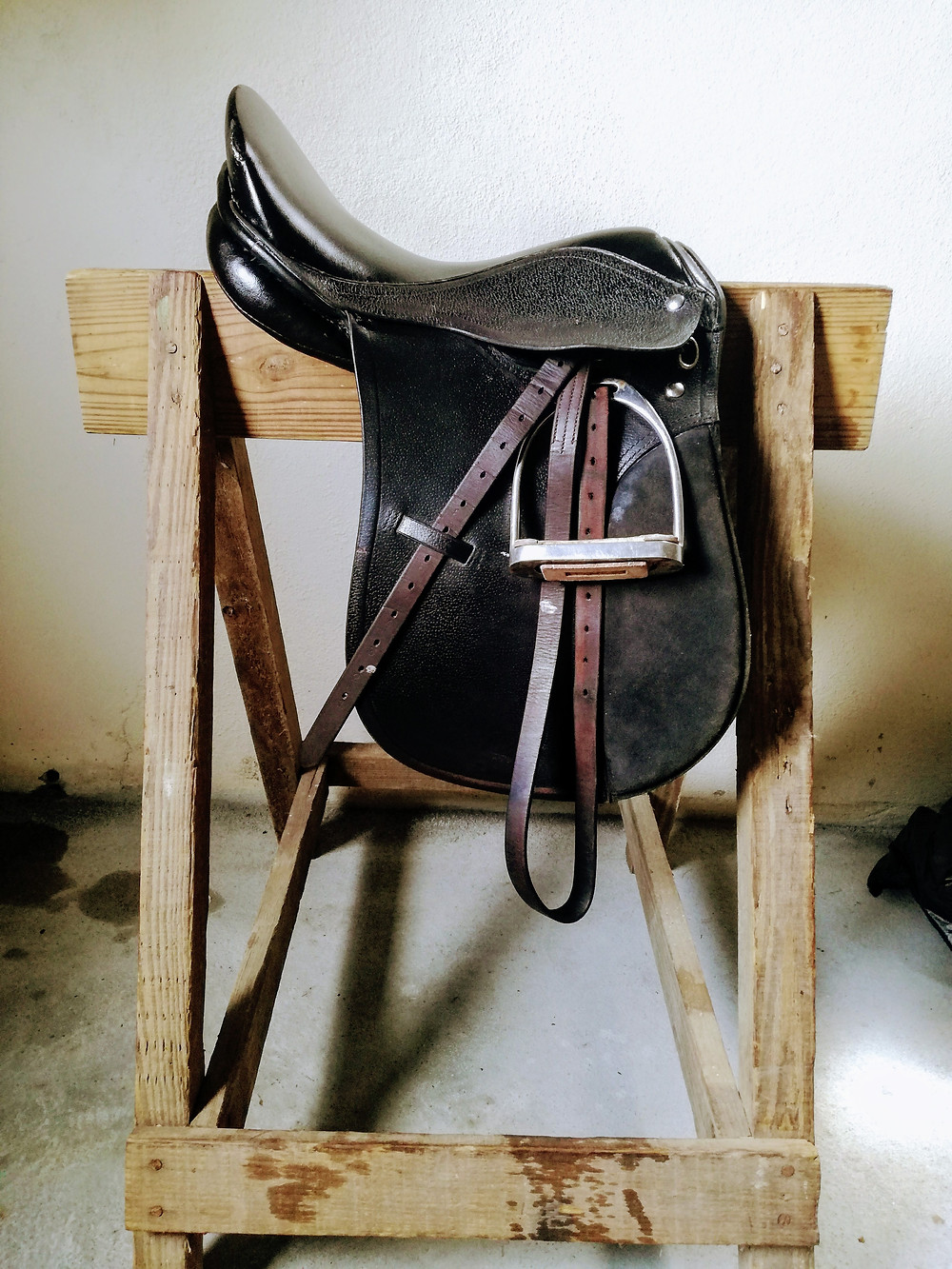 A leather saddle at Morne Chouval stables offering horseback riding in St. Lucia