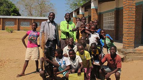 Thomas visting a primary school.jfif
