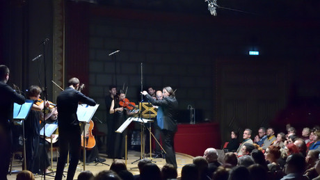 Musica Ricercata and the European Union Youth Orchestra sign partnership.