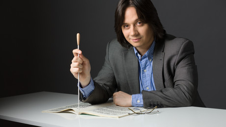 "Gabriel Bebeșelea kicks off his tenure as Principal Conductor of the ""George Enescu"" Philharmonic"