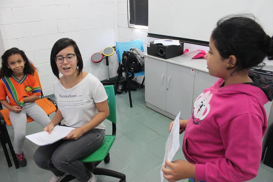 Oficina de Jornalismo com Larrissa Faria