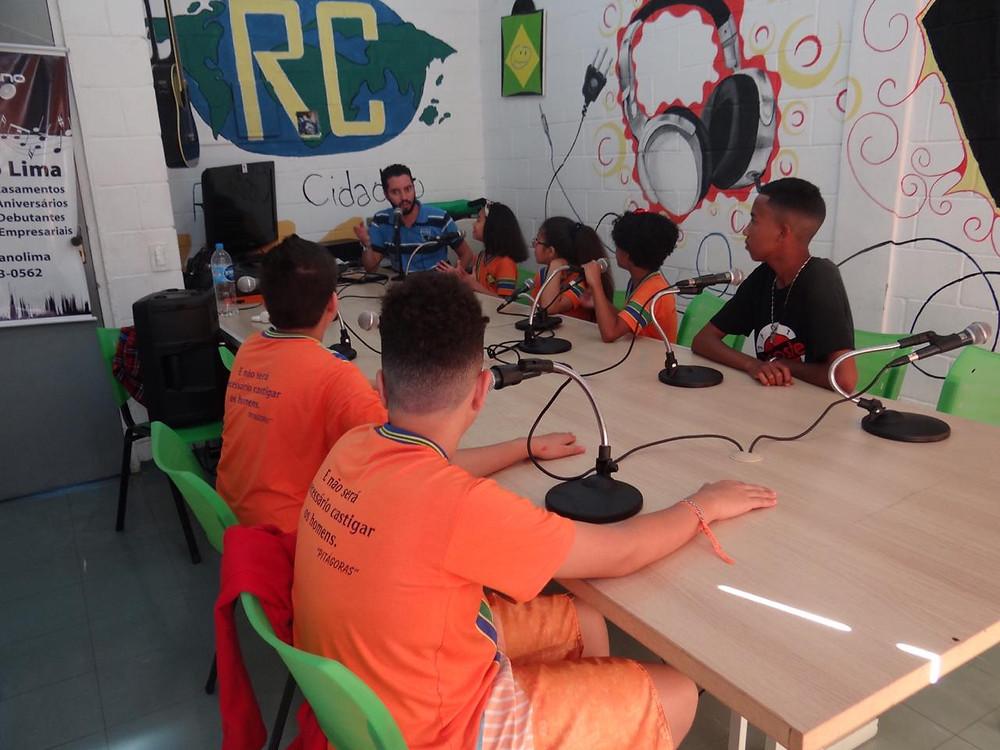 rádio cidadão - ong pequeno cidadão - ong sbc - ong abcd - ong sp - desenvolvimento sustentavel - aquecimento global - atividades sustentaveis - Adriano Lima