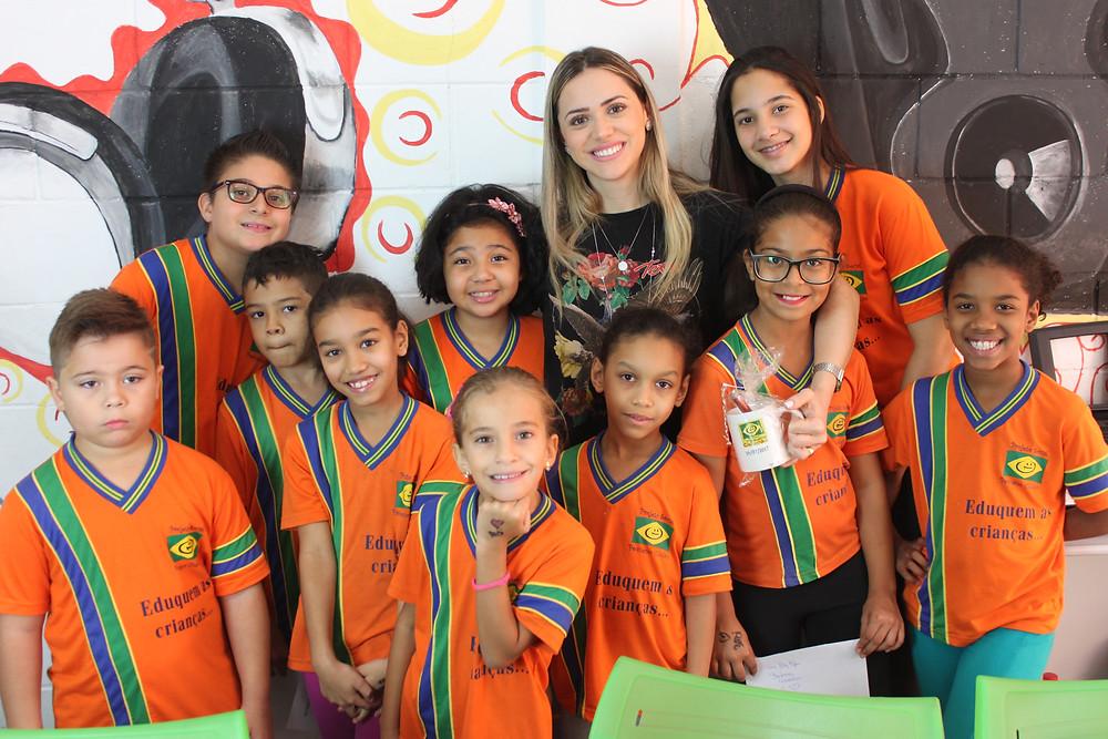 Barbara Amorim - Ong Pequeno Cidadão - Ong no abcd - renascer praiser - igreja renascer - de frente com as crianças - pequeno cidadão