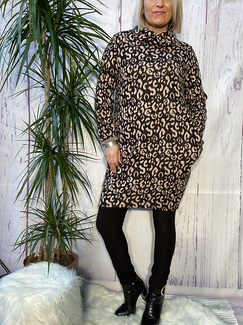 Pink leopard print cowl neck tunic, fitting up to a size 16.   6571