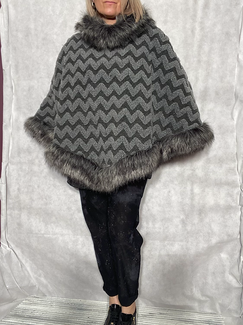 Milan faux grey fur and wool cape / poncho fitting up to a size 20 2901