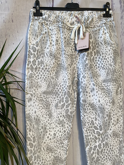 White snake print magic joggers, fitting up to a size 20.   0901