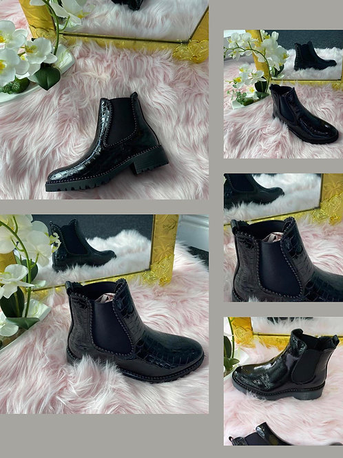 Black patent ankle boots    Size 7 only 5775