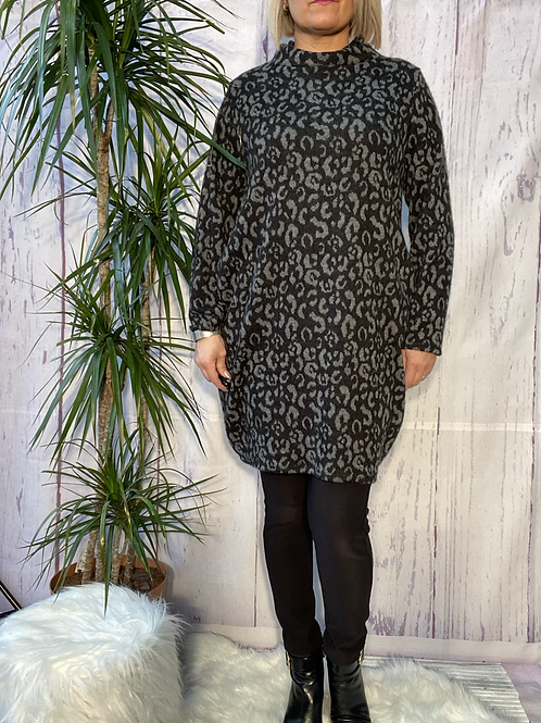 Charcoal leopard print cowl neck tunic, fitting up to a size 16.   6571
