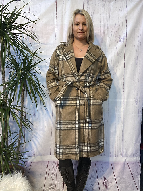 Mocha Sandy Coat, fitting from a size 10 to a size 14.   13113
