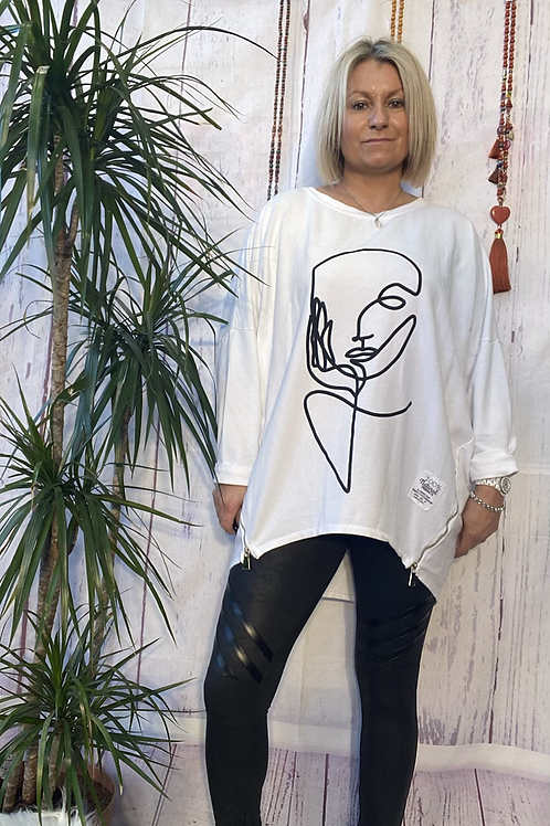 White Picasso sweatshirt fitting up to a size 18.   12113
