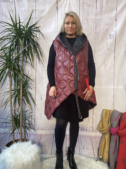Wine Gucci inspired gillet, fitting up to a size 18.   10114