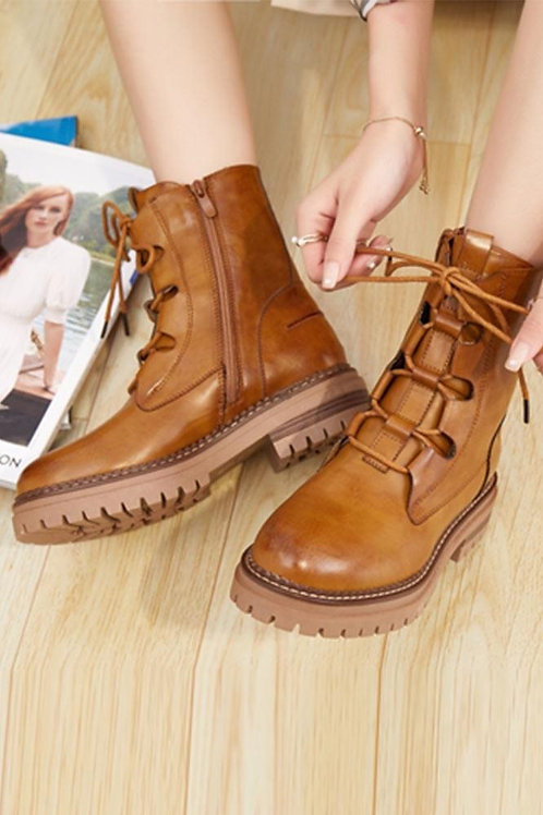 Camel lace up ankle boots    5774