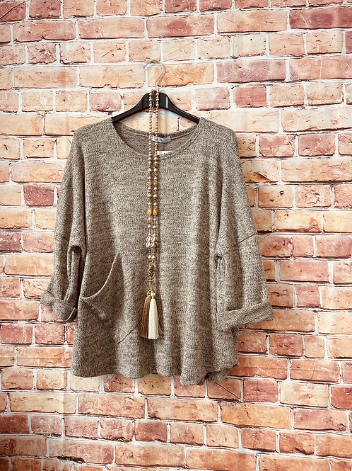 Oatmeal quirky one pocket top