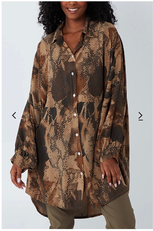 Brown brown snake print over sized shirt fitting from 16 to 24