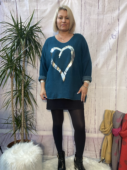 Teal super soft foil heart top, fitting up to a size 22.   10119