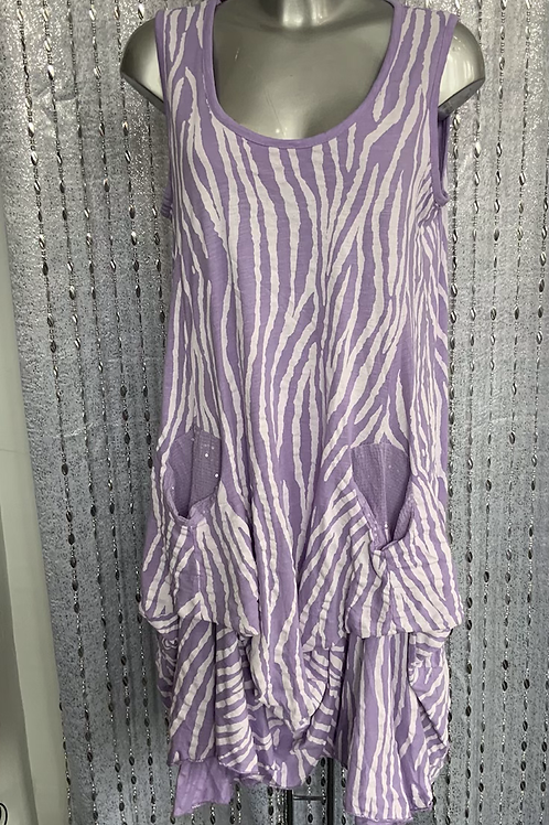 Lilac Picket Top fitting size 12-20