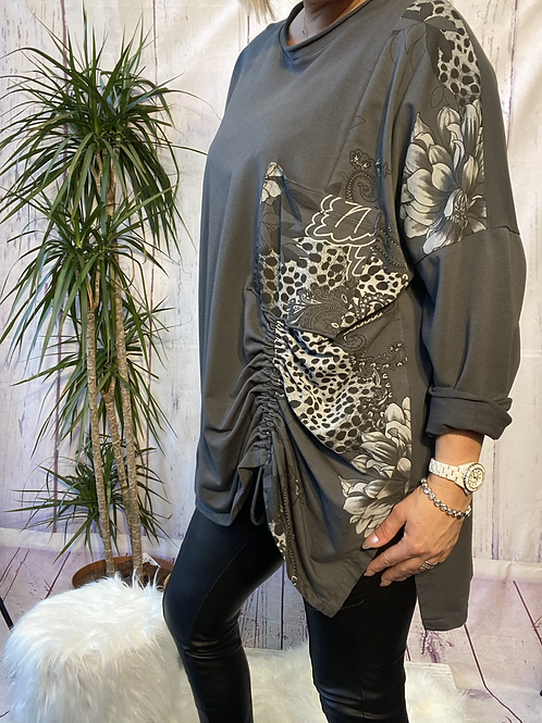 Grey printed  top fitting up to a size 22