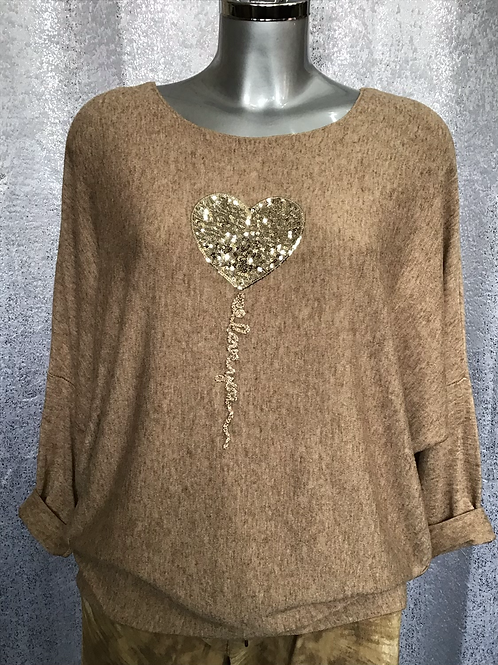 Mocha  heart balloon top, fitting up to a size 18.