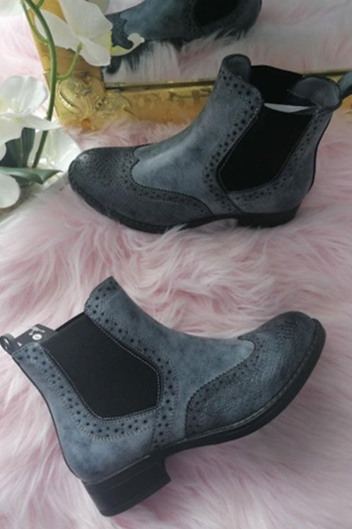 Grey brogue chelsea ankle boots    5773