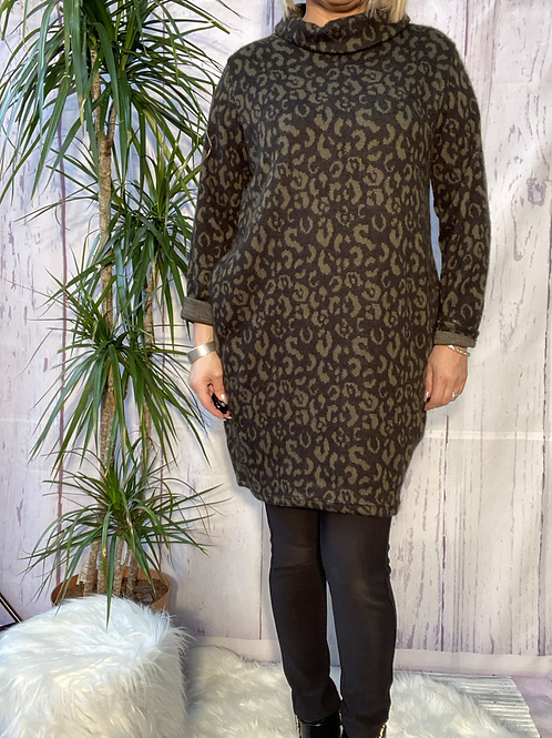 Khaki leopard print cowl neck tunic, fitting up to a size 16.   6571
