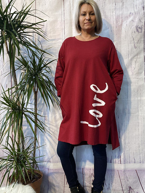Wine LOVE top /tunic fitting up to a size 18.  2033