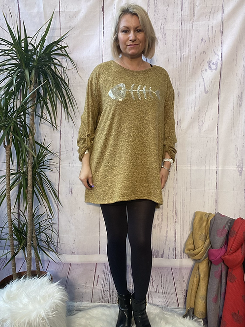Mustard diamanté fish top, fitting up to a size 20.  101112