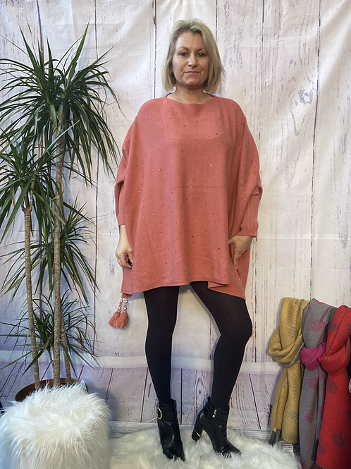 Salmon diamanté poncho style jumper, fitting up to a 24.    5559