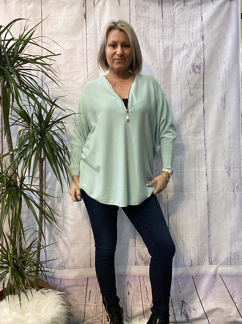 Mint Super soft zip jumper fitting up to a size 20.    161102