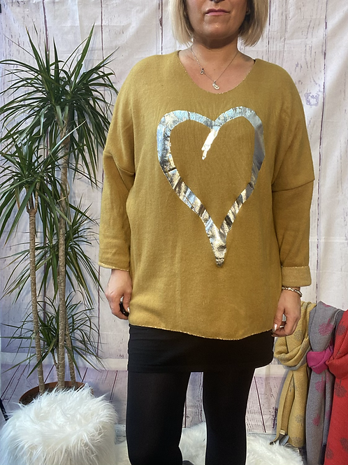 Mustard super soft foil heart top, fitting up to a size 22.   10119
