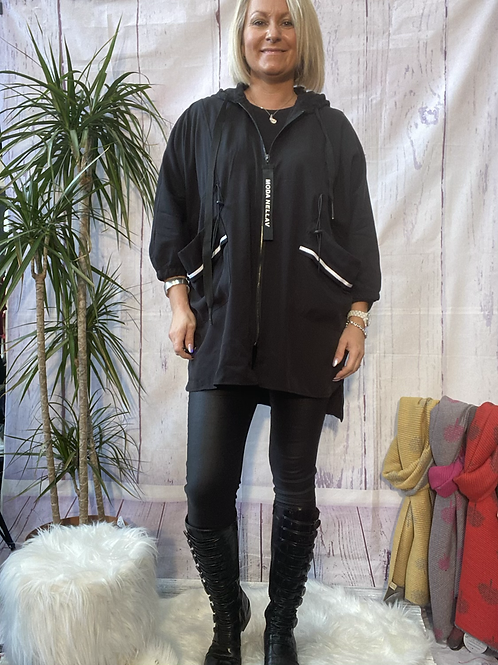 Neslay lightweight jacket, fitting up to a size 20.     11111