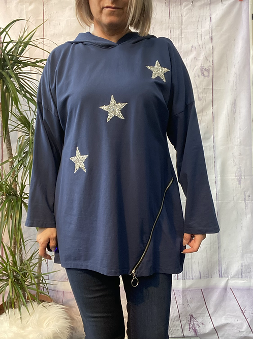 Navy triple star and zip top, fitting up to a size 16.    161101