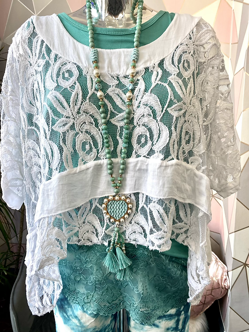 White lace cover-up top fitting sizes 10-20