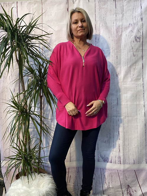Cerise Super soft zip jumper fitting up to a size 20.    161102