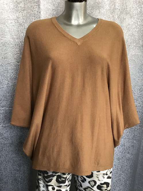 Caramel soft knit superbelle jumper, fitting from a size 12-18.   7130