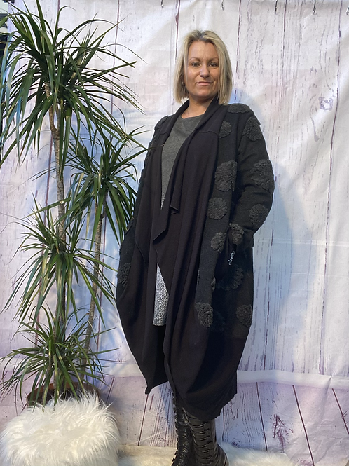 Wow edge to edge long coat fitting up to a size 20 7952