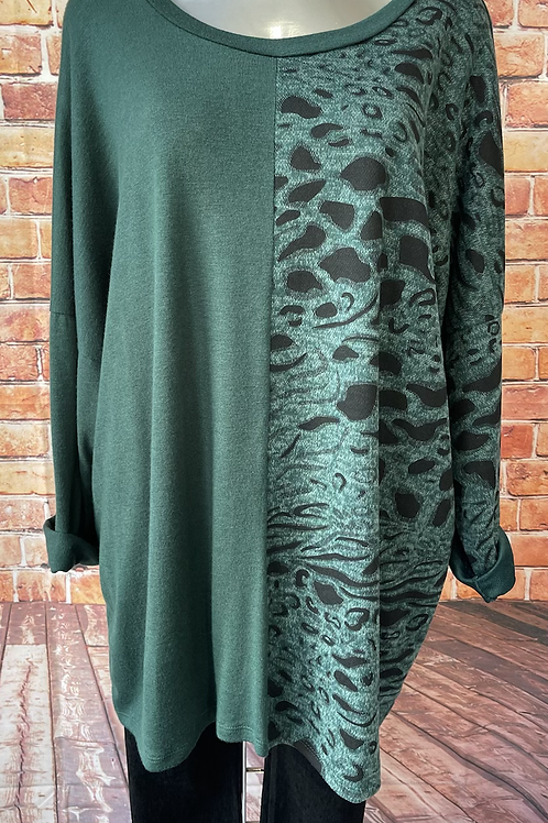 Emerald panelled animal print top, fits sizes 12-22