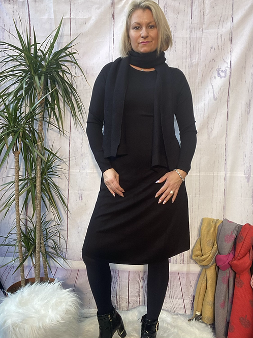 Black fine knit dress and scarf, fitting sizes 8-14.