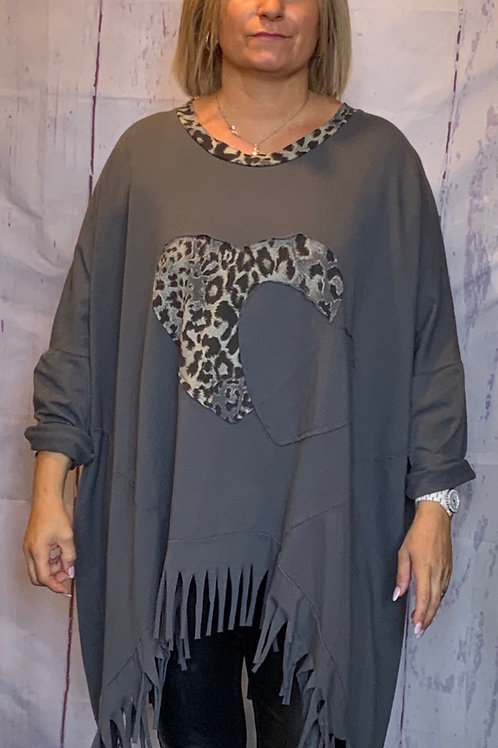 Charcoal double heart tassel top, fitting up to a size 24.    5401