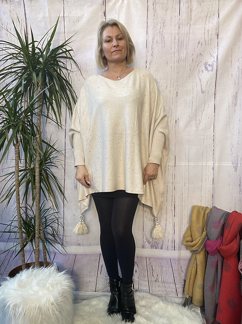 Oatmeal diamanté poncho style jumper, fitting up to a 24.    5559