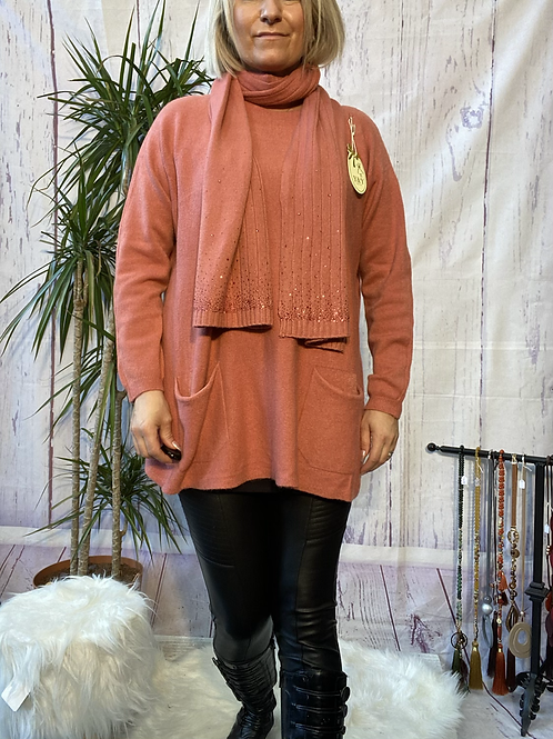 Salmon loose fit soft knit jumper and matching scarf.    7259