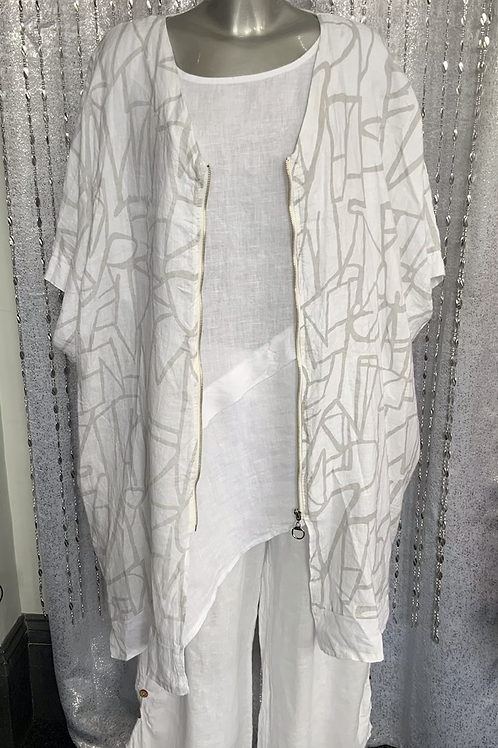 White Ivy Jacket fitting up to a size 22