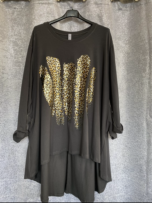 Charcoal fan back with leopard foil print fitting up to a size 24  0808